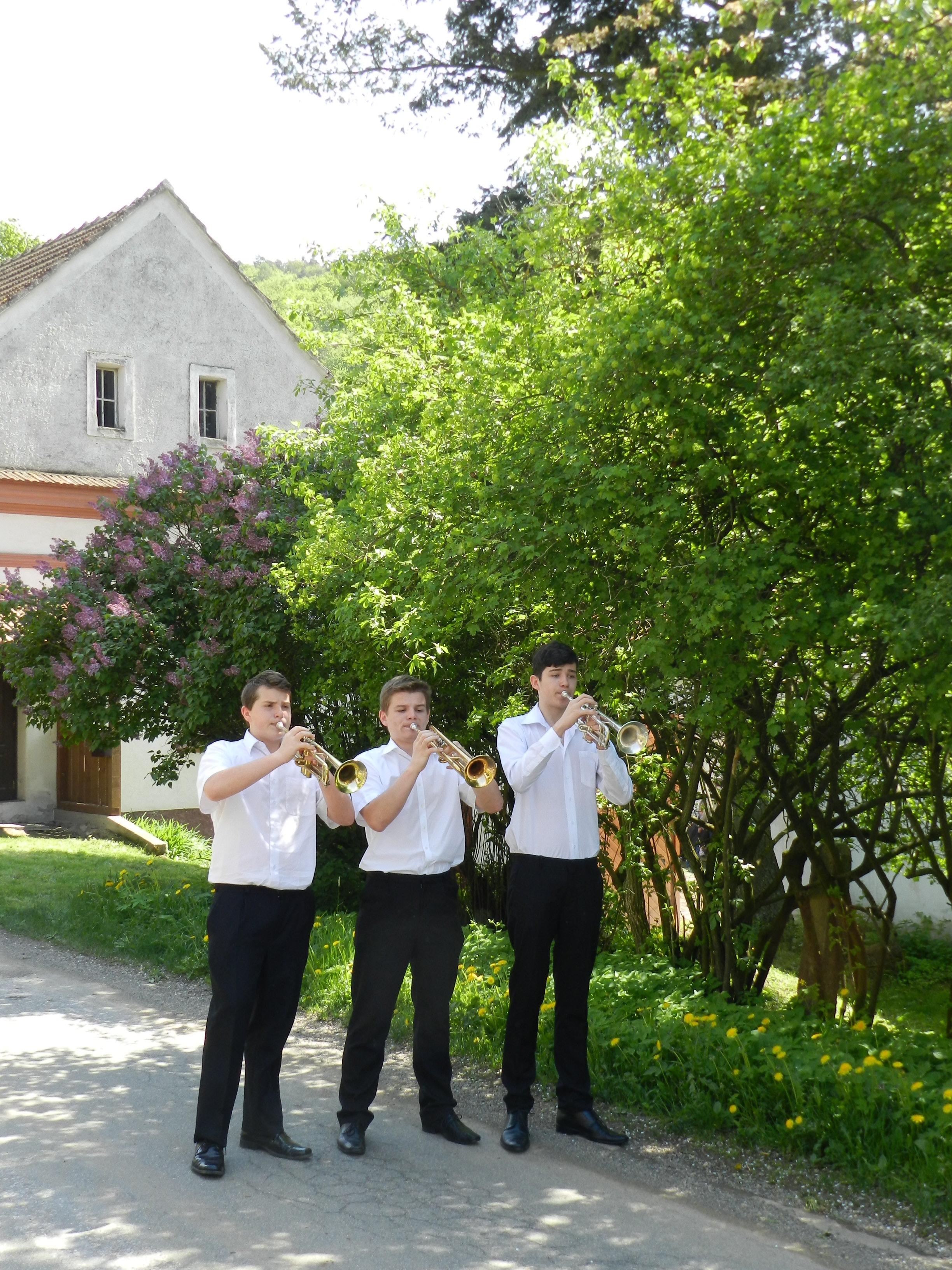 trio trubačů